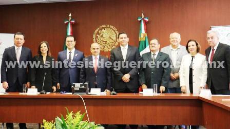 Preside e instala el Senador Manuel Añorve Baños la Comisión de Estudios Legislativos del Senado de la República