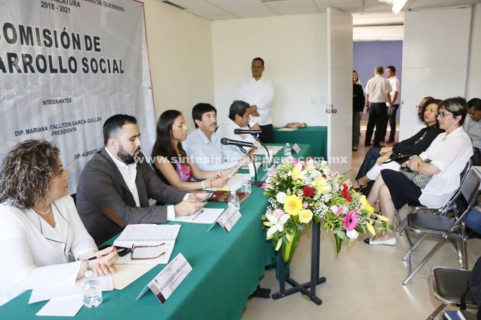 """Trabajar en comisiones """"sin tintes partidistas""""; pide diputada del PRI a bancada de Morena"""