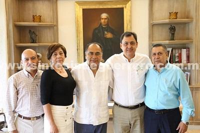 Se reúne Héctor Astudillo con jueces y el presidente del TSJE, Alberto López Celis