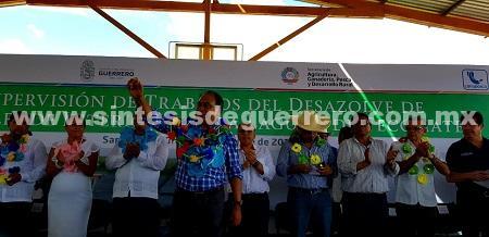 Gobernador Héctor Astudillo, culmina gira de trabajo con su visita en Cuatro Bancos en Florencio Villarreal y la Laguna de Tecomate en el municipio de San Marcos