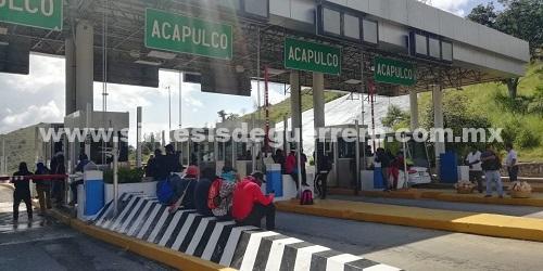 Reprochan normalistas a Ayuntamiento de Iguala, contratación de familiares de implicados en caso Ayotzinapa