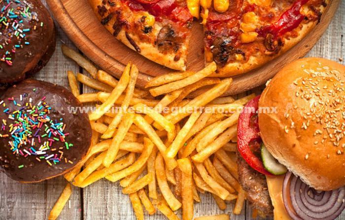 Es Necesario mantener los niveles bajos de colesterol y triglicéridos
