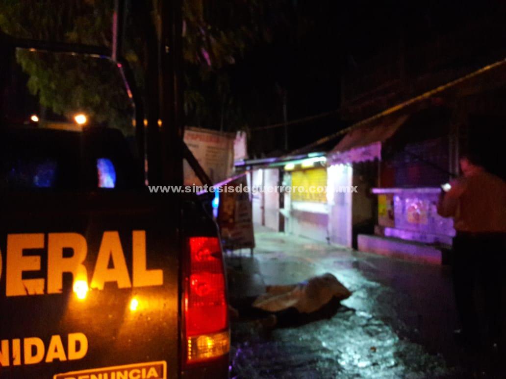 Asesinan a otro hombre y queman vehículo en Acapulco