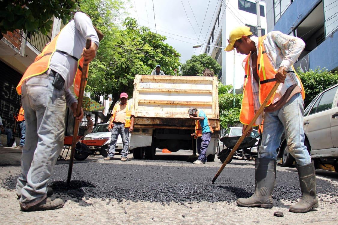 Ha bacheado gobierno de Adela Román más de mil metros cuadrados de vialidades