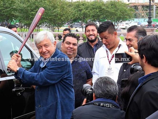 López Obrador plantea a Trump un proyecto para evitar más caravanas de migrantes