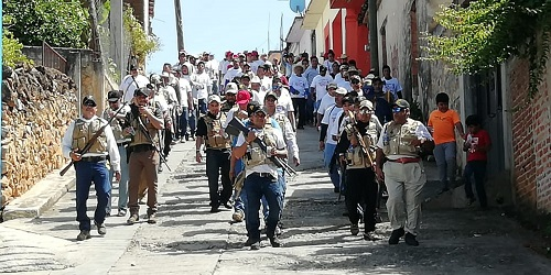 Mil autodefensas reivindican su presencia en cinco municipios de la Zona Norte de Guerrero