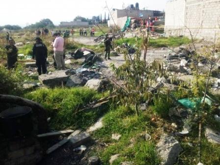 Mueren dos por nueva explosión de pirotecnia en Tultepec