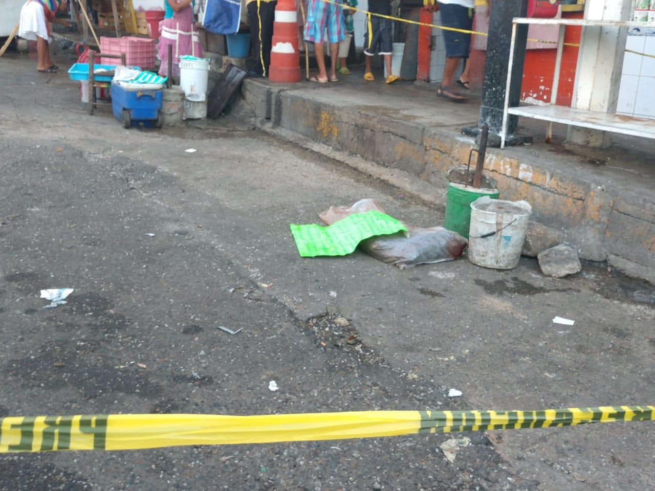 Dejan un cuerpo desmembrado cerca del mercado de Acapulco