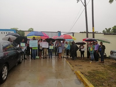 Paran labores trabajadores del CETMAR, en Tecpan