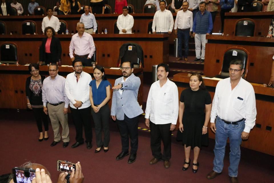 Netzahualcóyotl Bustamante Santín como secretario de Servicios Financieros y Administrativos de la LXII Legislatura