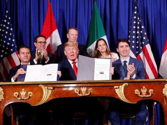 Peña Nieto firma T-MEC; se abre una 'nueva etapa' con EU y Canadá, asegura