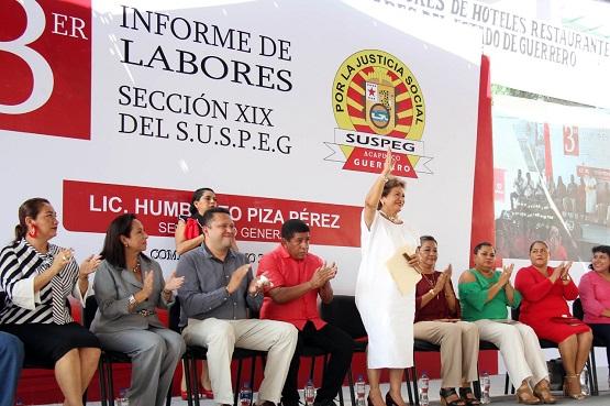 Trabajadores y gobierno iremos de la mano por el bien de Acapulco: Adela Román