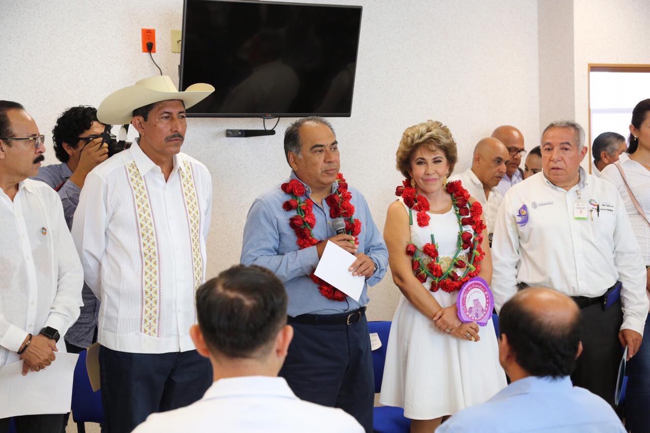 Gobernador Astudillo y Mercedes Calvo, constatan  funcionamiento  óptimo del nuevo Hospital General de Coyuca de Catalán. #TierraCalienteNosNecesita