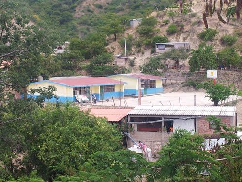 Huyen 70 vecinos de Tlaltempanapa y se refugian en Copalillo por la violencia