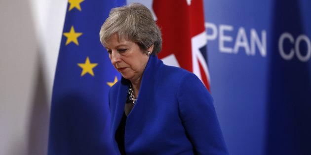 """Histórico acuerdo: Unión Europea aprueba """"divorciarse"""" del Reino Unido"""