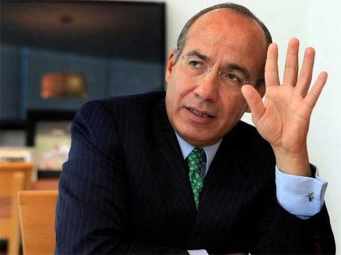 """""""Se siguen aportando moches a camarilla"""": Calderón"""