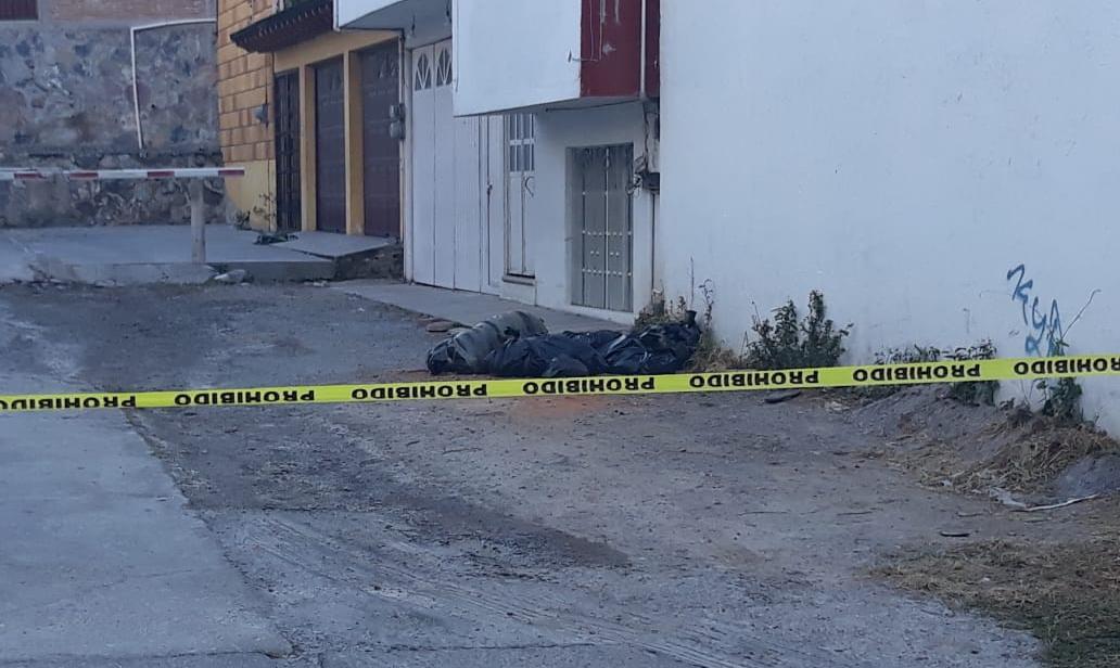 Dejan a dos hombres y una mujer desmembrados en Chilpancingo