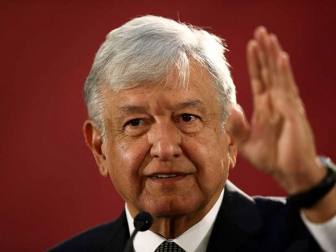 López Obrador corrige reforma educativa