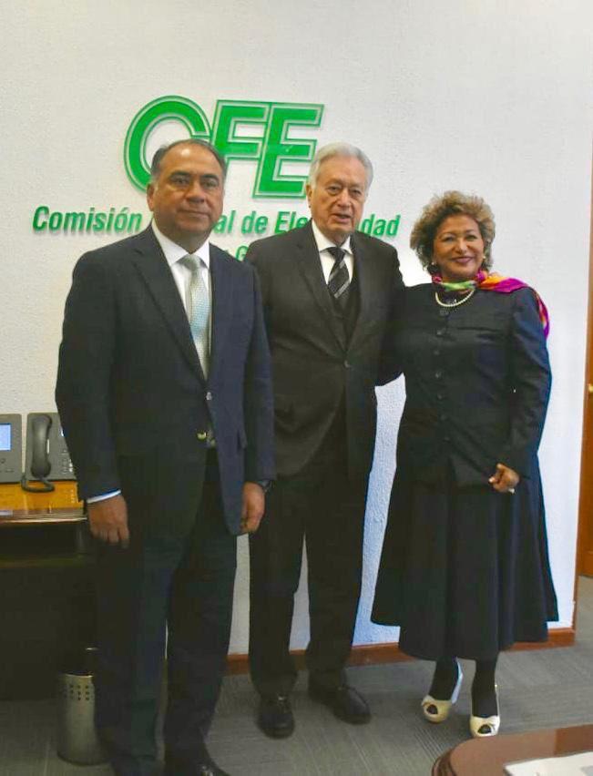 Héctor Astudillo Flores, junto a la alcaldesa de Acapulco Adela Roman Ocampo sostuvo una reunión con Manuel Bartlett
