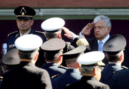 Secretarios de Sedena y Semar de AMLO encabezan militarización de la seguridad