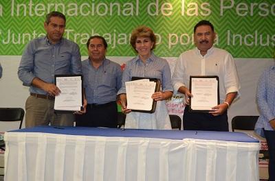 Discapacitados contarán desde ahora con servicio gratuito en el transporte Acabús: Mercedes Calvo
