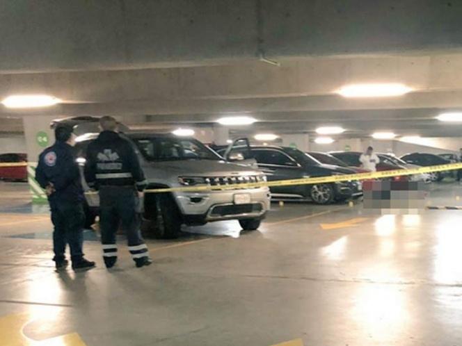 Matan a canadiense en estacionamiento de Santa Fe
