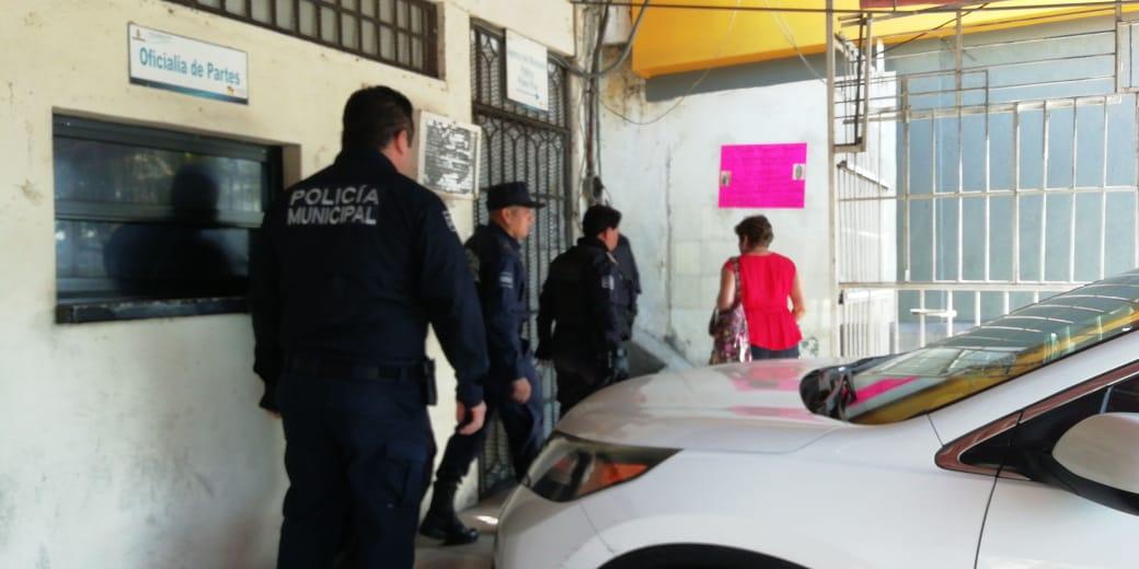 Acuden 5 policías de Acapulco al MP, para declarar por desaparición de 3 jóvenes