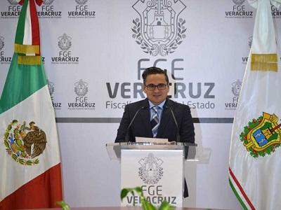 Para no ser removido como fiscal de Veracruz, Jorge Winckler promueve amparo