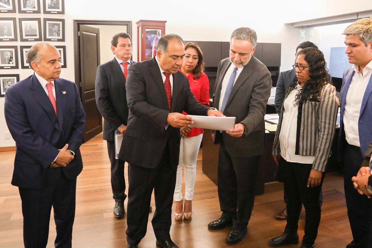 Gestiona Héctor Astudillo ante la comisión y cuenta pública propuesta de obras para Guerrero