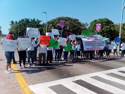Policía de Acapulco se llevó a 3 jóvenes de una cancha; uno apareció muerto y 2 están desaparecidos