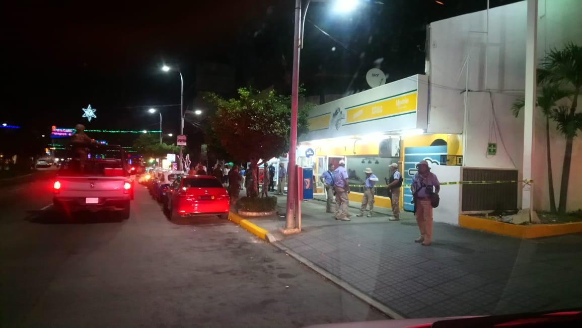 Asesinan a un mesero dentro de un bar de Acapulco
