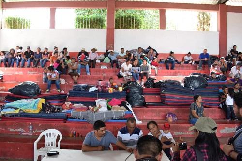 """Más de 30 millones han robado """"comunitarios"""" a familias desplazadas de la Sierra"""