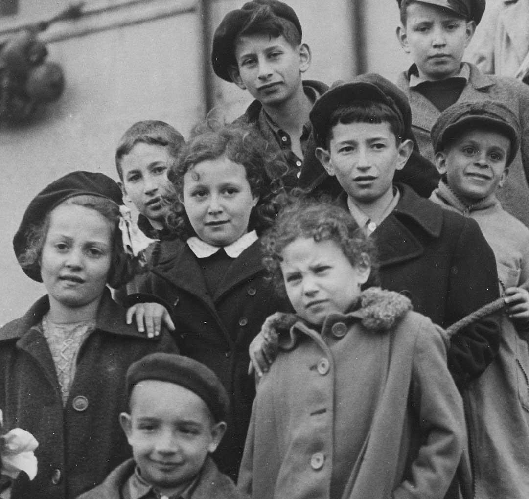 Indemnizará Alemania a niños judíos que huyeron de los nazis