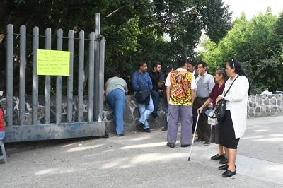 Transportistas del ISSSTE protestan en Chilpancingo para exigir pago de viáticos
