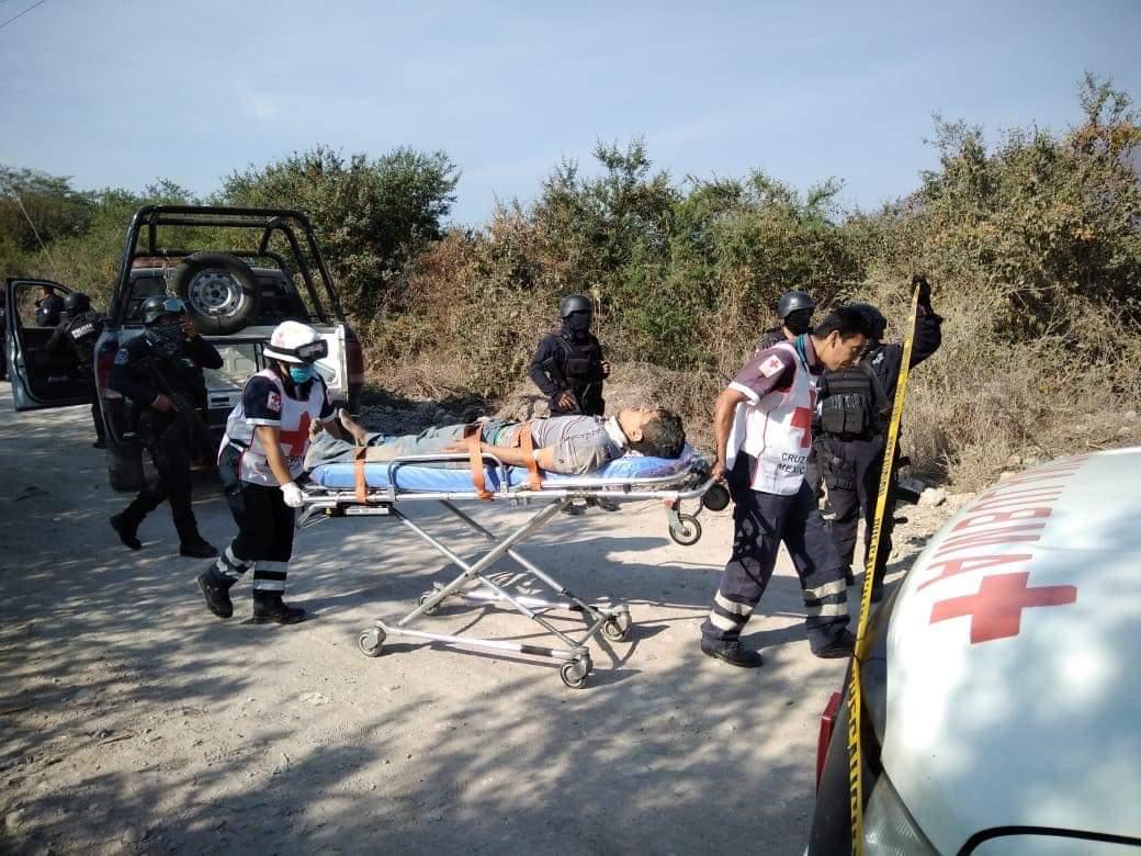 Dejan a un presunto ladrón asesinado y otro herido, en Iguala