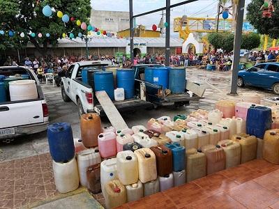 Descubre Policía Comunitaria red de huachicoleros en Guerrero