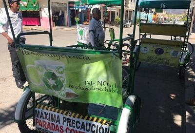 Bicitaxis verdes de Chilapa hacen campaña a favor del medio ambiente