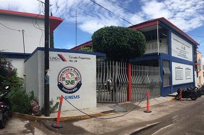 Continúa la deserción de alumnos en la preparatoria 26 de Chilapa