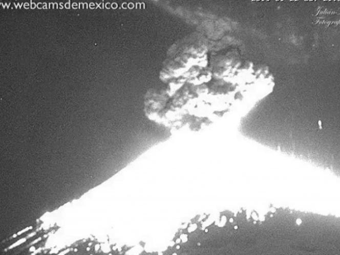 Cimbra a Puebla explosión del 'Popo'