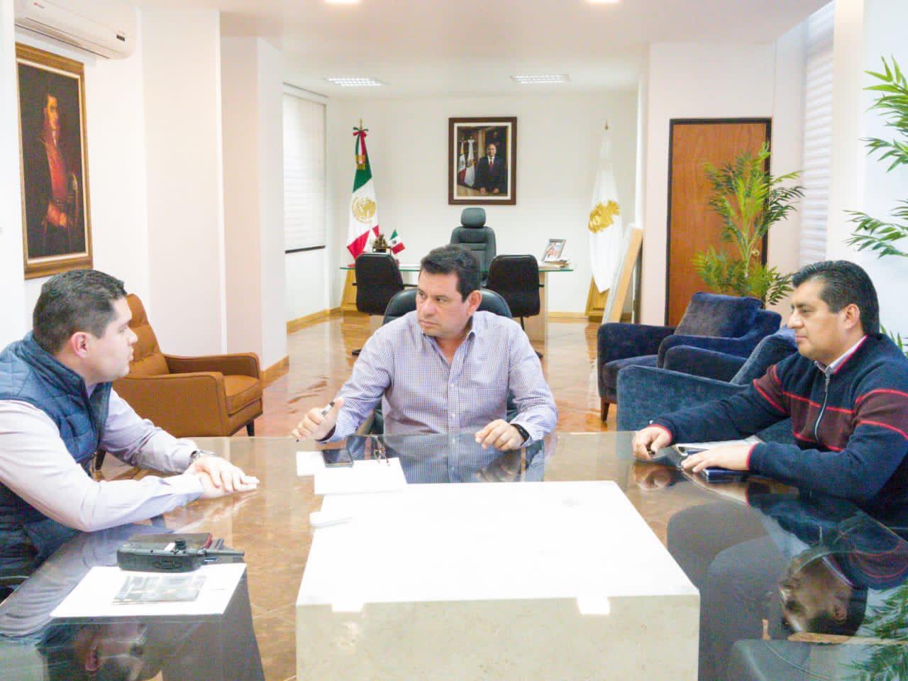 Tulio S. Pérez Calvo   sostuvo una reunión con el fiscal Jorge Zuriel de los Santos
