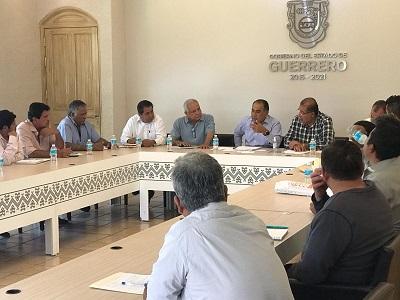 Atiende el gobernador Astudillo a Comisariados Ejidales y de Bienes Comunales del Estado de Guerrero