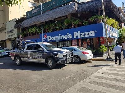 """Roban en pizzeria """"Domino's"""", en la Costera de Acapulco"""