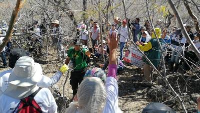 Familiares de desaparecidos encuentran primera fosa clandestina en Huitzuco, Guerrero