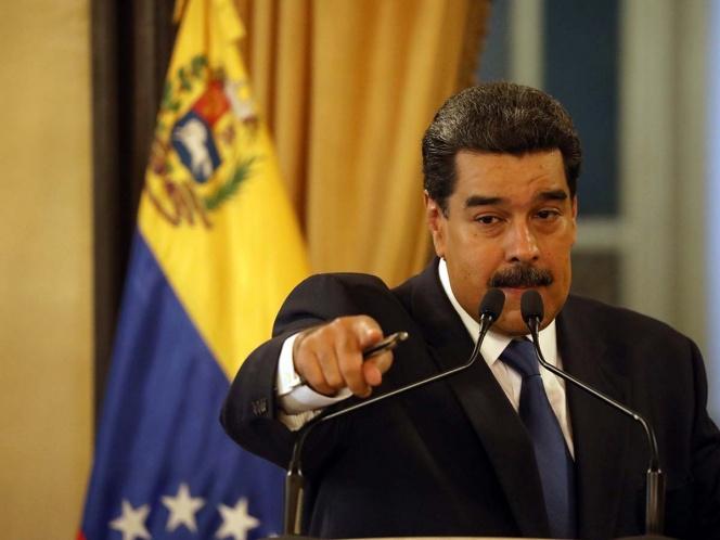 Maduro afirma que ayuda humanitaria para Venezuela es 'un show'