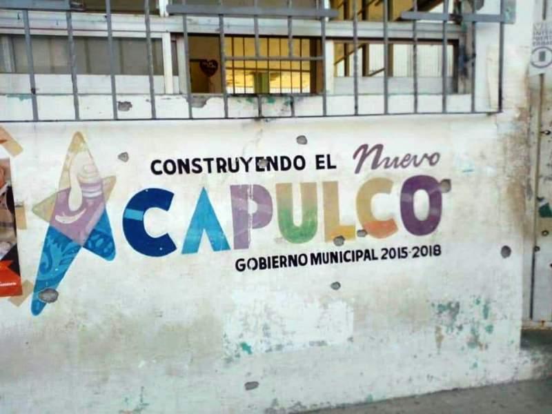 Más de 80 disparos de AK-47 y AR15 contra las oficinas de Saneamiento Básico de Acapulco