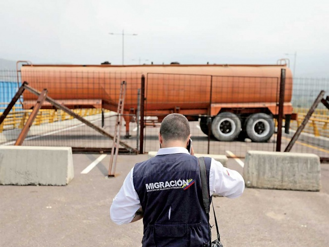 Maduro bloquea ingreso de comida a Venezuela