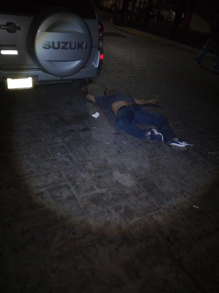 Atacan bar del Centro de Zihuatanejo; dos muertos y tres heridos
