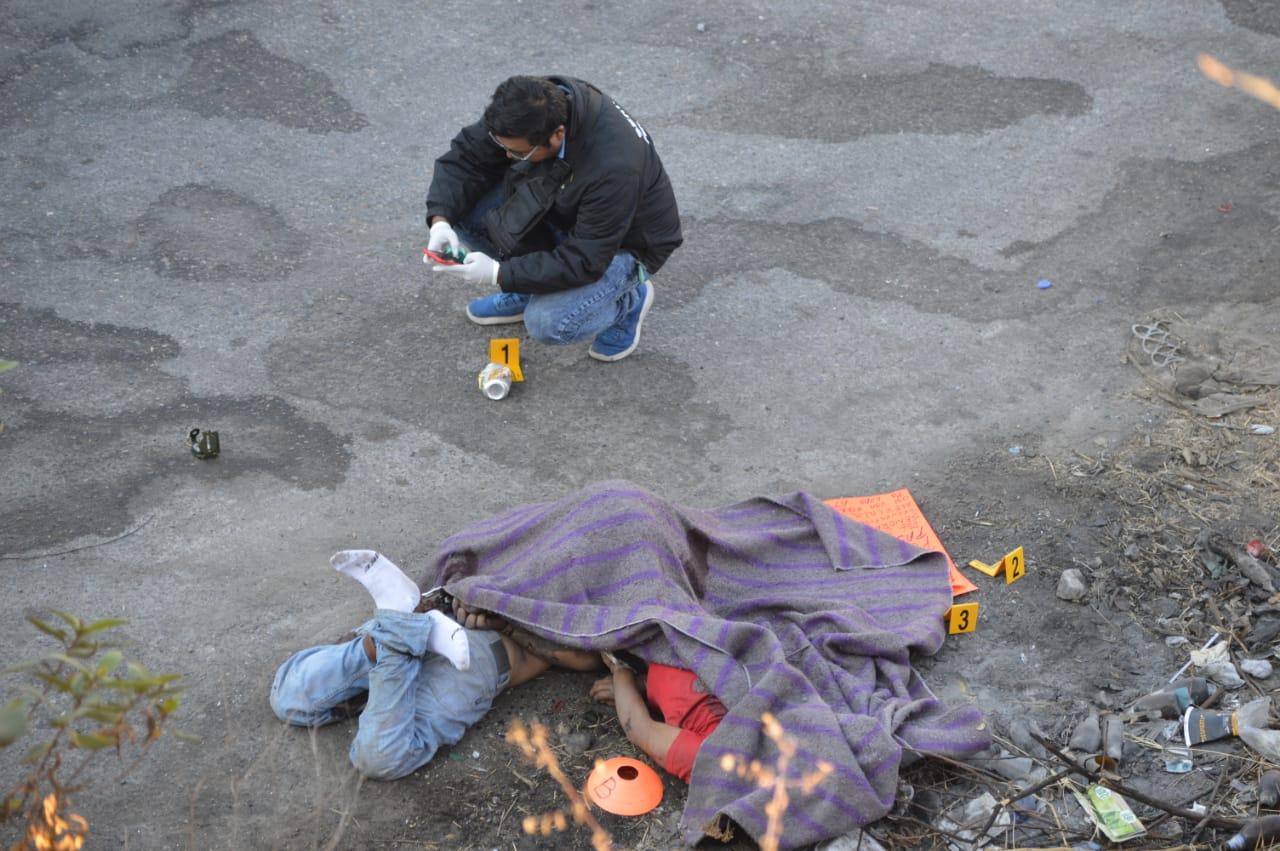 Dejan a dos jóvenes ejecutados cerca del Hospital General de Chilpancingo