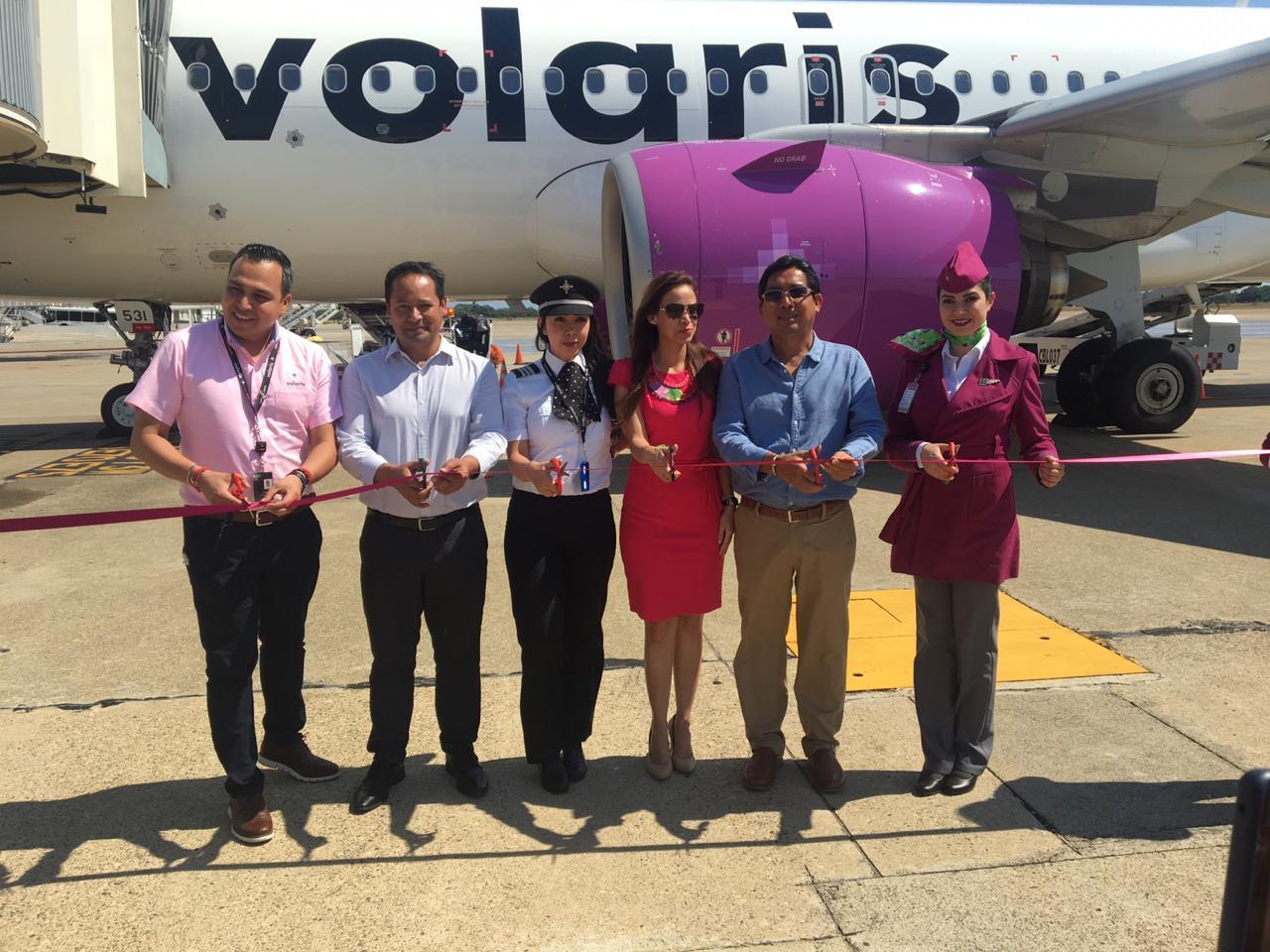 Llegan  más de 130 personas en primer vuelo de Guadalajara-Acapulco