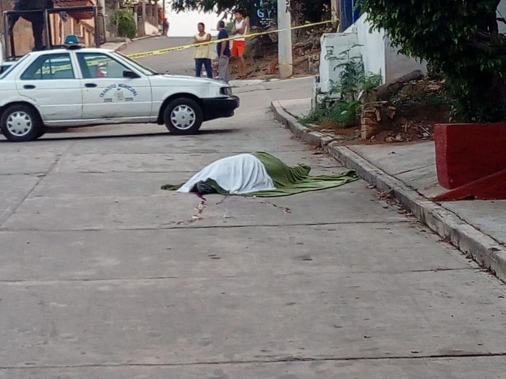 Asesinan a comandante de la policía de Petatlán